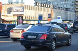 Toyota и Mercedes могут лишиться госзаказов в России