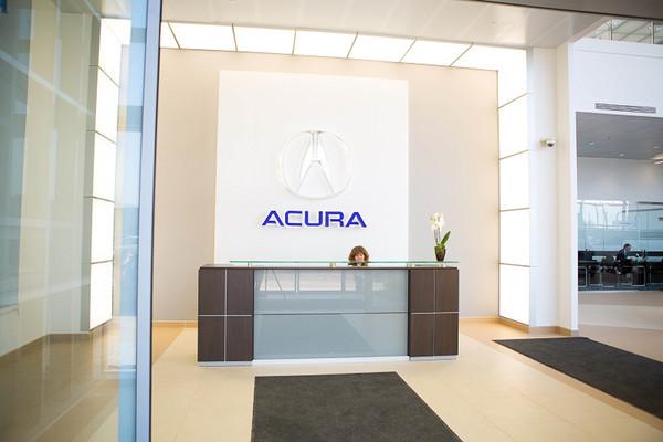 В России открылся первый дилер Acura