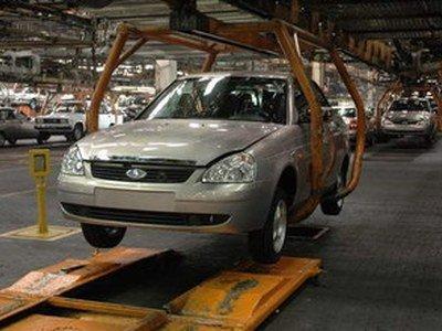 Автопром в России «встает» из-за резкого снижения спроса и падения курса рубля