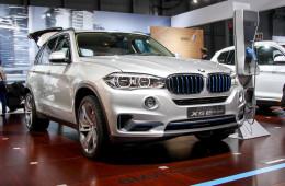 BMW X5 впервые будет двухмоторным