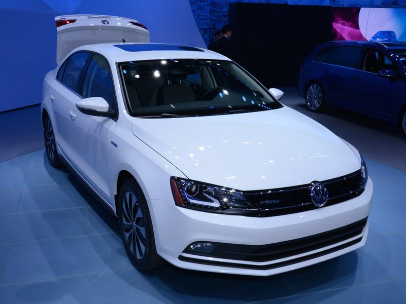 Volkswagen представил в США обновленную Jetta