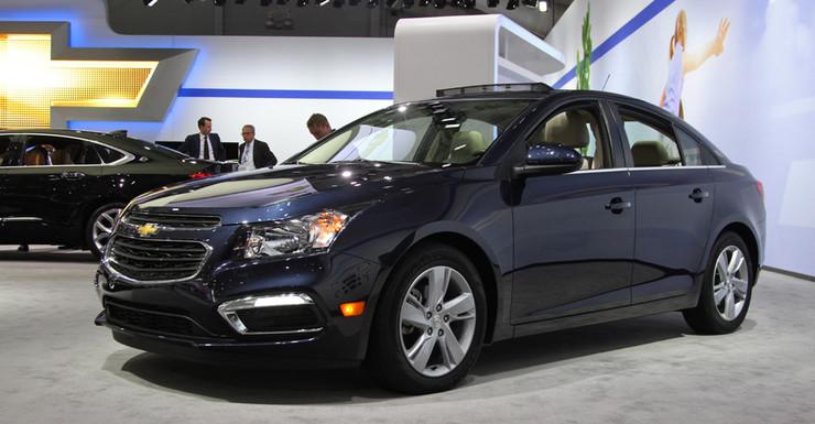 В Chevrolet Cruze улучшились подстаканники
