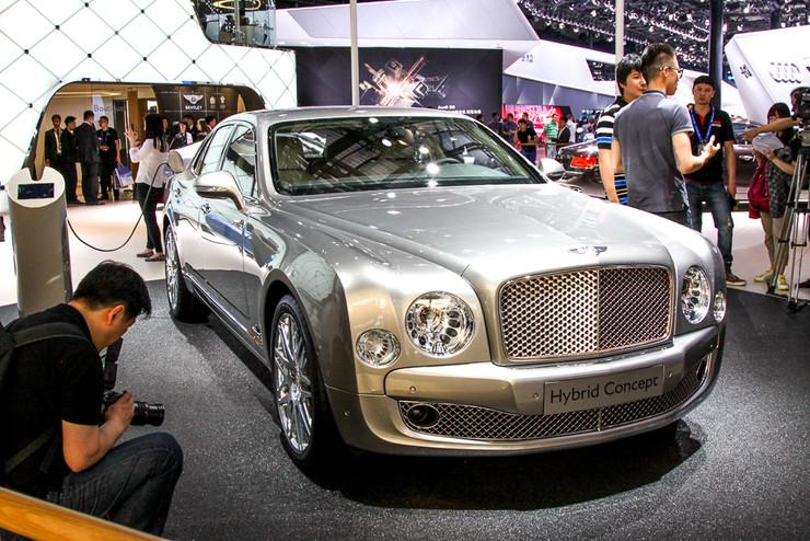 Bentley продемонстрировала самый роскошный гибрид в мире