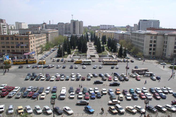 Столичные власти вводят бесплатную парковку в центре города