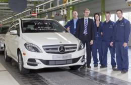 Mercedes начал выпуск электрокара