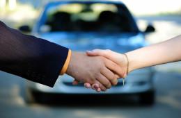 Продажи автомобилей: в Европе всё выше, в России всё ниже
