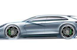Porsche: маленькой Panamera пока не будет