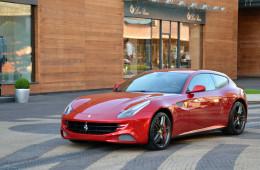 Суперкар Ferrari FF получит доступную версию