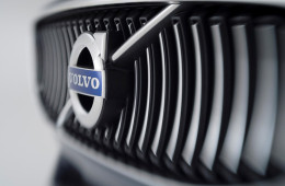 Volvo может выпустить конкурента Mercedes S-класса уже в следующем году