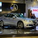 В России Acura TLX получит два мотора и богатое оснащение