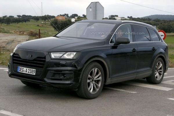 Новый Audi Q7 попался почти без камуфляжа