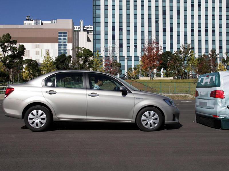 Toyota научит свои автомобили общаться друг с другом