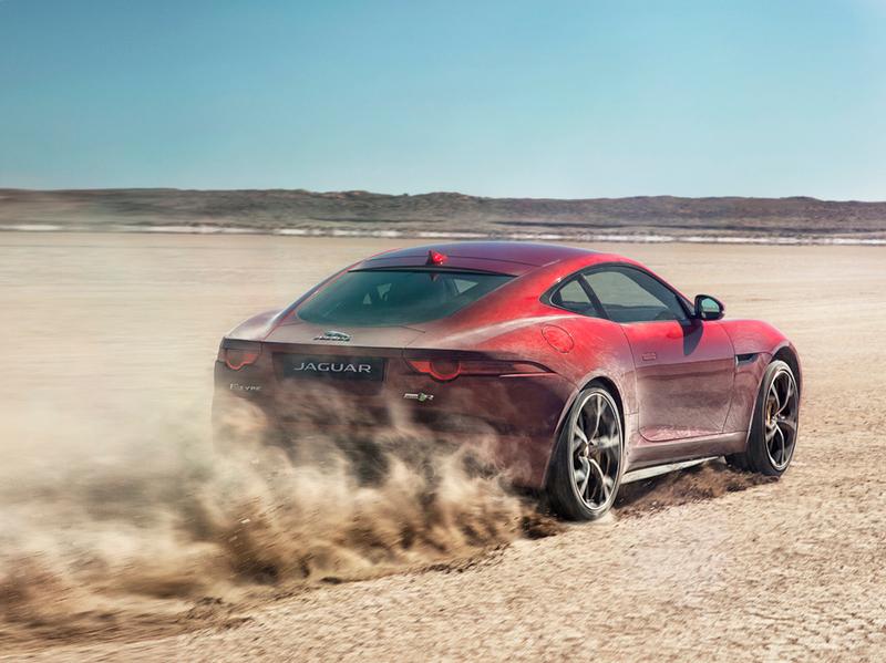Jaguar F-Type стал полноприводным