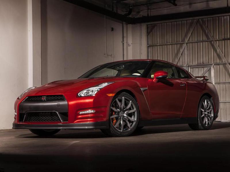 Суперкар Nissan GT-R в очередной раз обновился