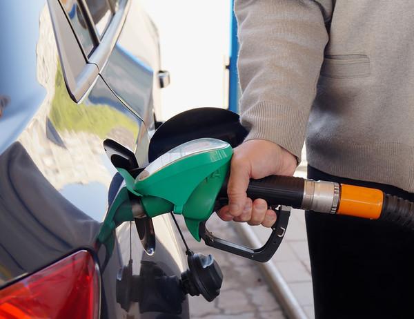 Цены на бензин: все решится в феврале