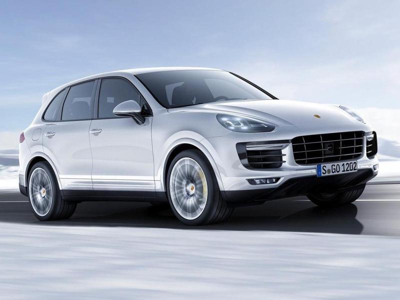 Новая версия Porsche Cayenne оказалась на 15 секунд круче чем Range Rover