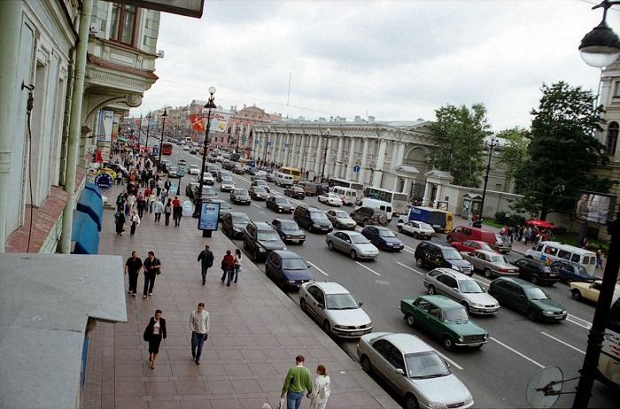 Парковка в центре Петербурга с 1 мая станет платной