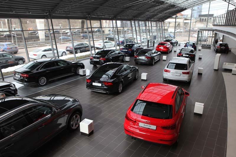 Москвичи перестали покупать автомобили
