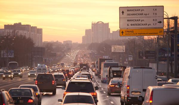 Кризис в России: автомобилей стало еще больше