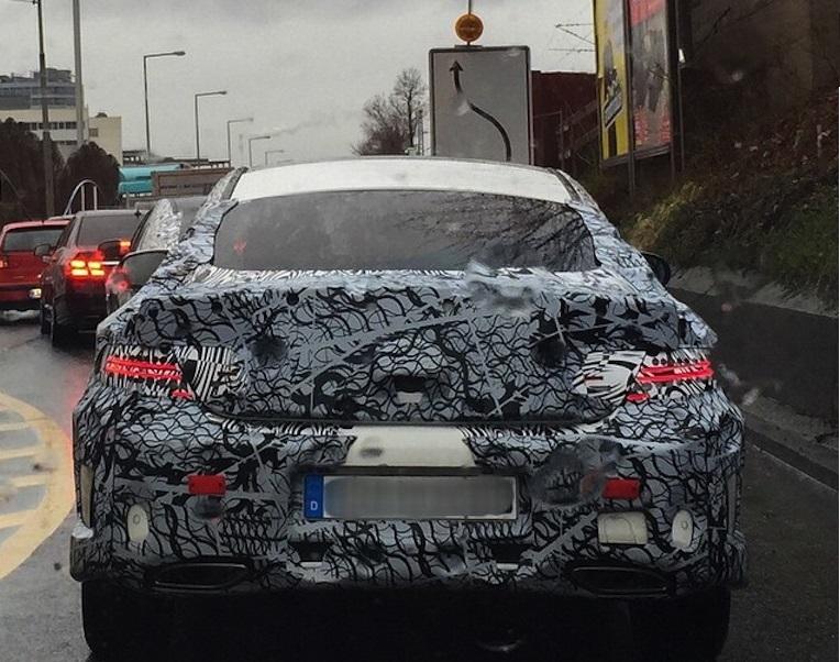 Новое купе Mercedes-Benz C-класса: первые фото