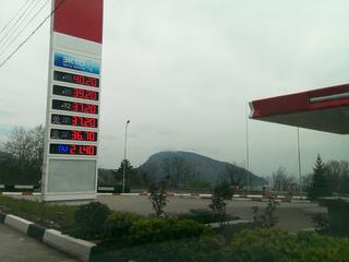 Высокие цены на бензин в Крыму не заинтересовали антимонопольщиков
