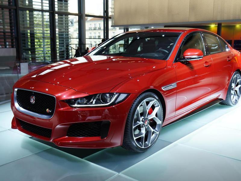 Стартовало серийное производство Jaguar XE