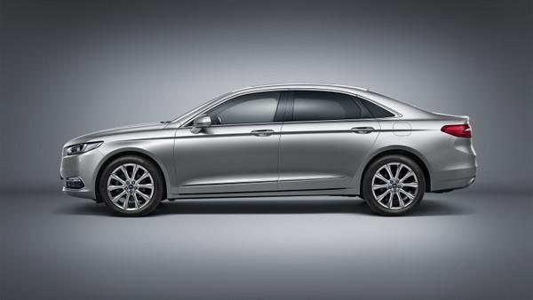 Новый Ford Taurus: секретов больше нет