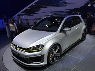 Volkswagen Golf R400 запустят в серийное производство