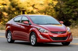 Hyundai Elantra пережил маленькое обновление