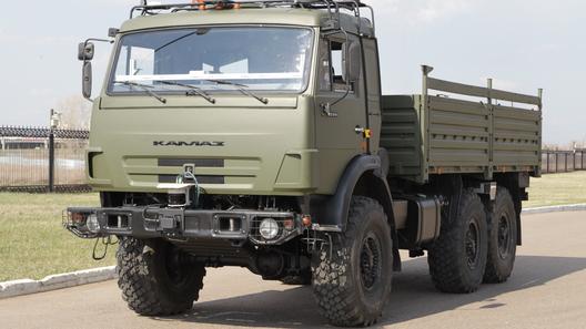 «КамАЗ» выводит на тесты беспилотный грузовик