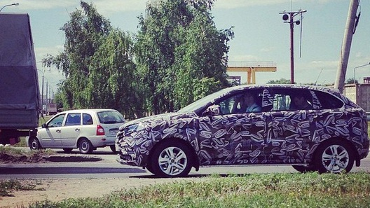 Новейший кроссовер «АвтоВАЗа» снова засекли на улицах