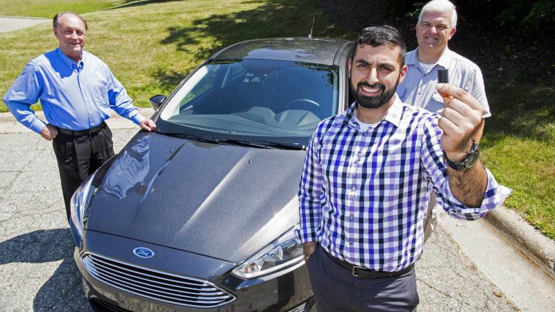 Ford защитит свои автомобили от пауков
