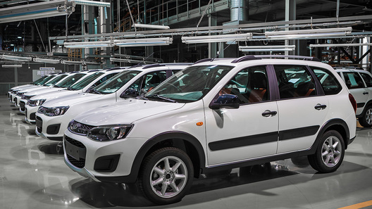 У «АвтоВАЗа» снизились продажи, но выросла доля на рынке