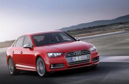 Audi представила седан и универсал S4 нового поколения