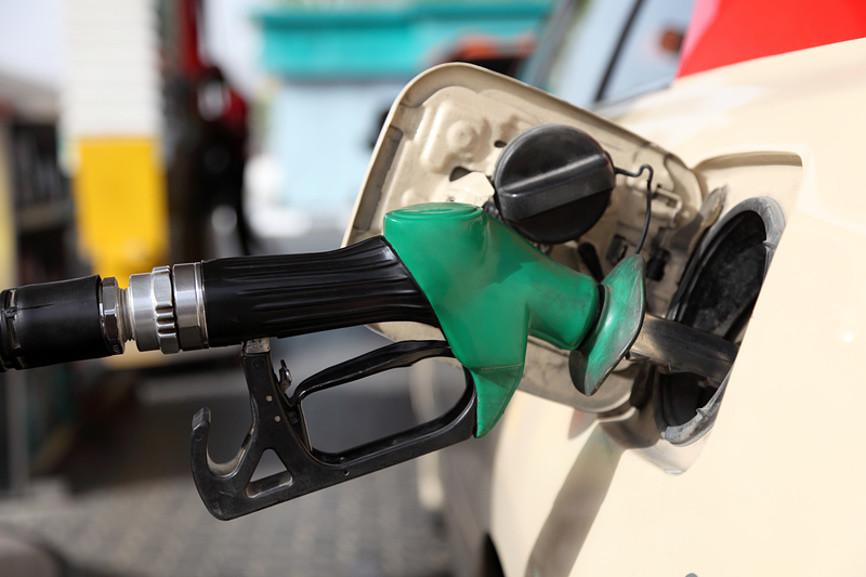 Цены на бензин устремились вверх