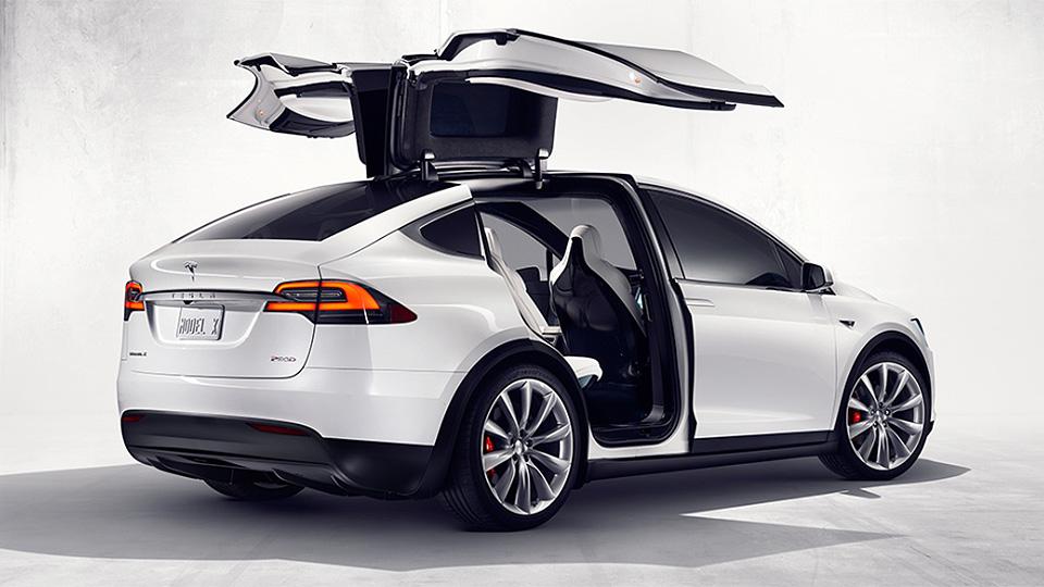 Tesla увеличила запас хода Model X