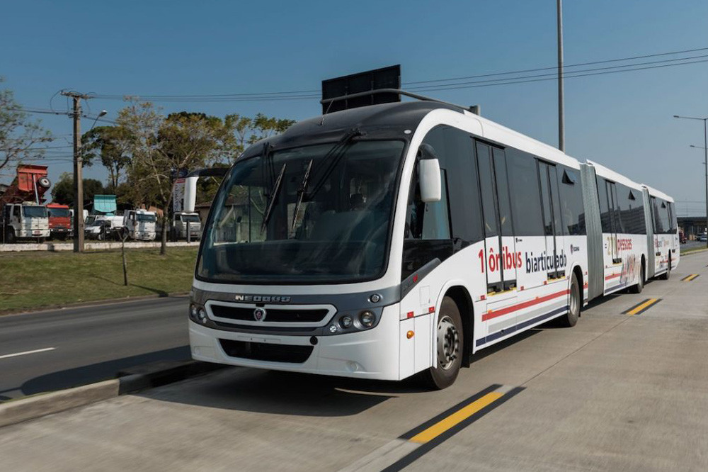 Новый автобус Scania: 28 метров и 270 пассажиров