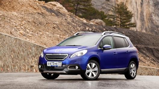 Peugeot обновит свой самый компактный кроссовер