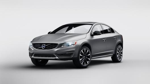 Новый Volvo S60 отправится по следам старших моделей