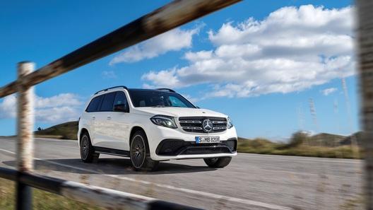 Флагманский внедорожник Mercedes-Benz подорожал на полмиллиона