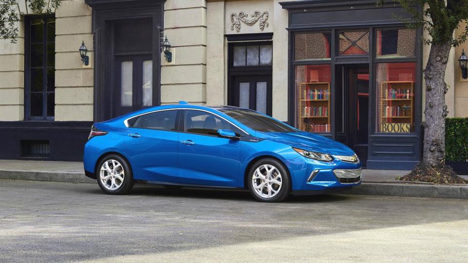 GM поделится с конкурентами гибридной установкой Chevrolet Volt