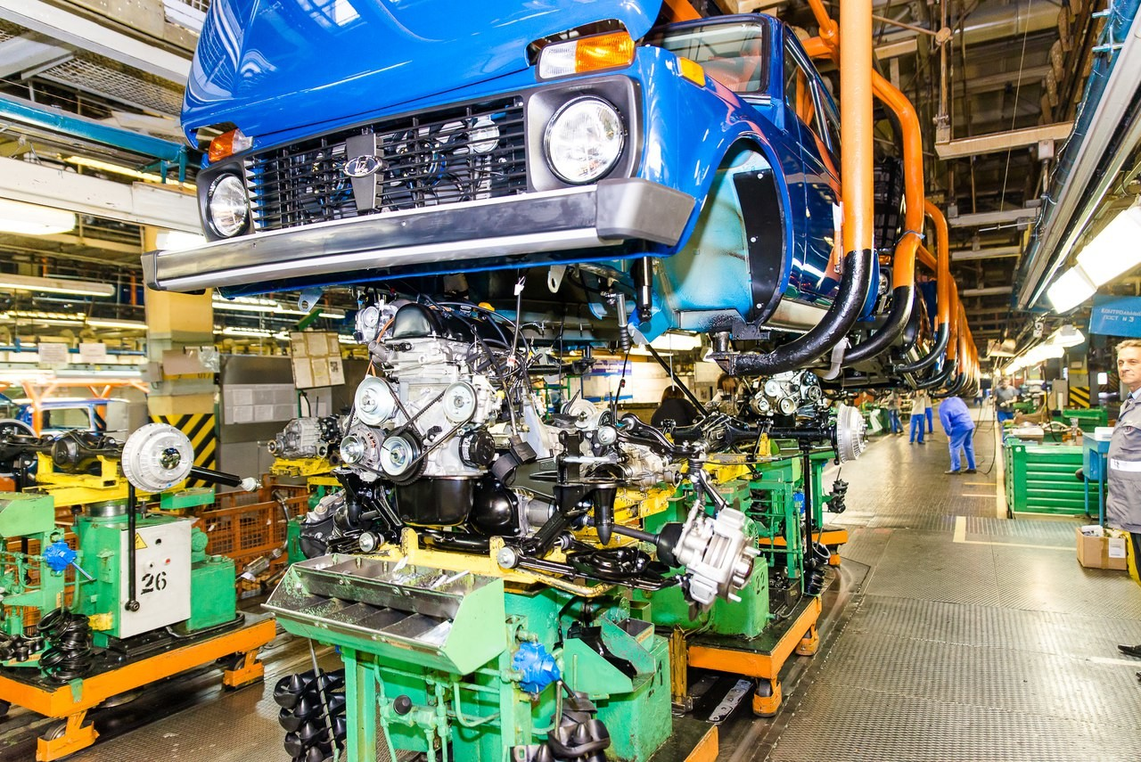 Власти: несмотря на убытки, автопром — перспективная отрасль