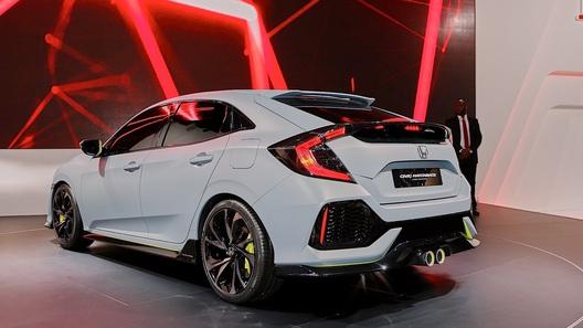 Новая Honda Civic Type R появится уже в следующем году