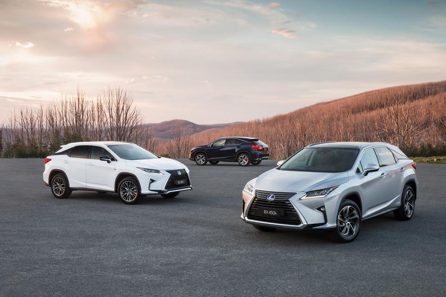 Семиместный Lexus RX появится в конце 2017 года