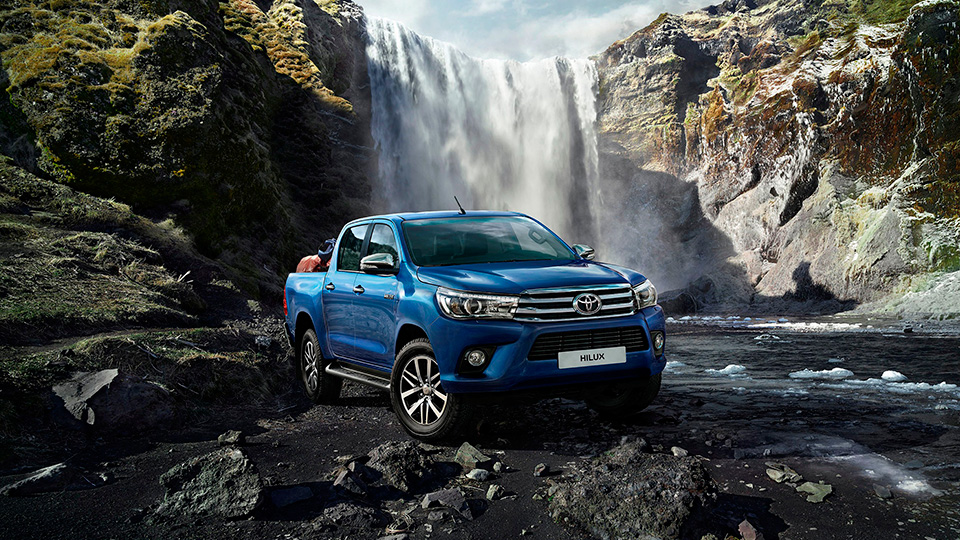 «Тойота» отзовет в России пикапы из-за крышки кузова