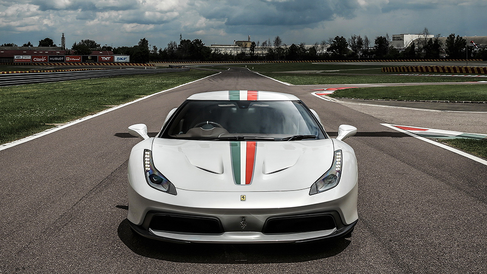 Ferrari по заказу клиента построила купе 458 Speciale с новым кузовом