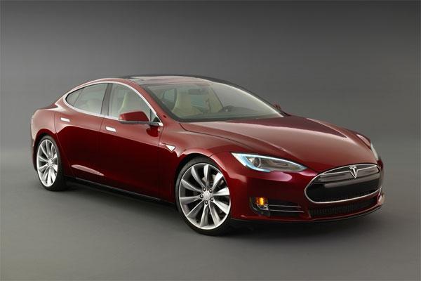 Tesla назвала дату открытия «Гигафабрики»