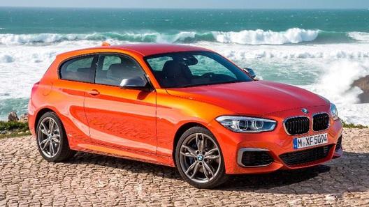BMW начинает продажи в России самого мощного автомобиля первой серии