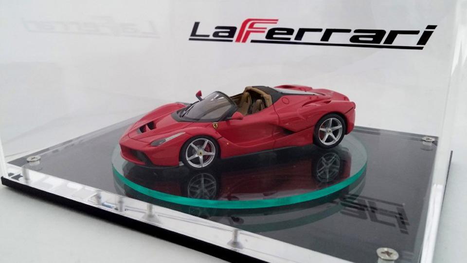 Открытую версию LaFerrari раскрыли на масштабной модели