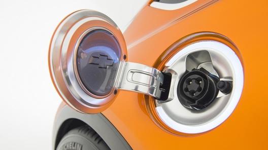 Электромобили могут обвалить спрос на бензин в США